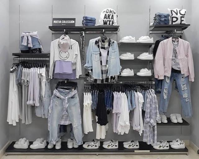 Kệ Trưng Bày Shop Thời Trang - KTT17
